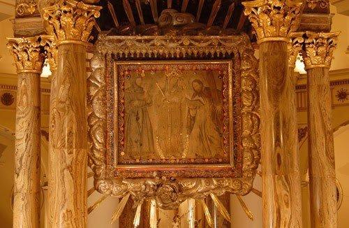 Virgen-de-Chiquinquira-1-500x326